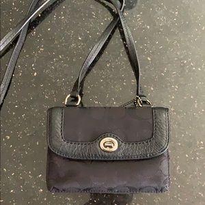 🔥Price drop!! Coach crossbody wallet